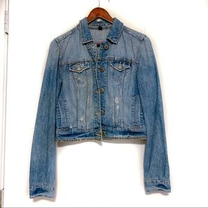 American Eagle studded jean jacket 💙